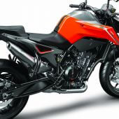 KTM_790_DUKE_orange_MY18_RiRear